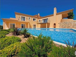Estombar Villa Sleeps 8 with Pool Air Con and WiFi - 5433046