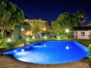 16 bedroom Villa in El Vendrell, Catalonia, Spain : ref 5622407
