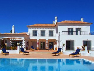 4 bedroom Villa in Vale do Lobo, Faro, Portugal : ref 5480195