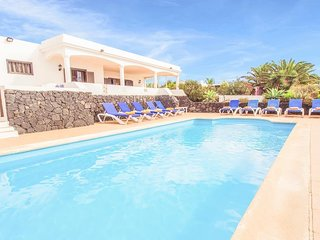 5 bedroom Villa in Playa Blanca, Canary Islands, Spain : ref 5334672