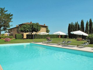 2 bedroom Apartment in Pancole, Tuscany, Italy : ref 5690055