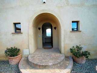 5 bedroom Villa in Siena, Tuscany, Italy : ref 5433079