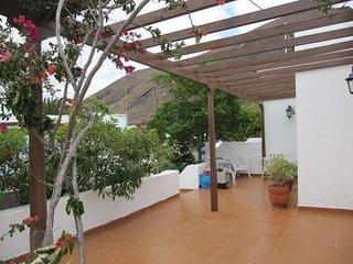 3 bedroom Villa with WiFi - 5691609