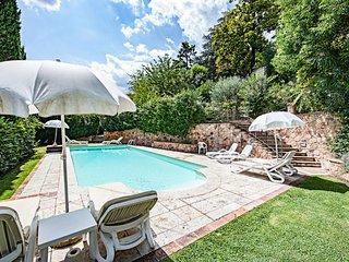Sinalunga Apartment Sleeps 6 with Pool and WiFi - 5490437