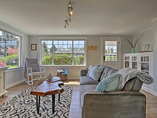 NEW! Netarts Cozy Coastal Cottage Near Portland!