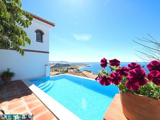VILLA LAS ALGAIDAS *** PRIVATE INFINITY POOL *** PANORAMIC SEA VIEW