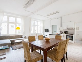 primeflats - Loft at Airfield Tempelhof - 1st floor