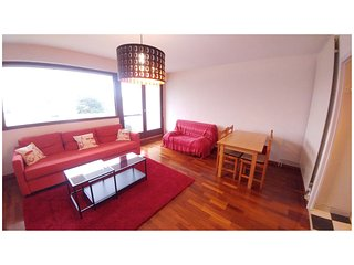 Spacious room of 25 m 2 - the couch turns into a bed of 140 x 200cm