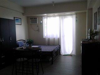 Just US$23/night Pasig Condo Unit, Metro Manila, Philippines