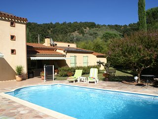 La Casa Assolellada, Detached Villa in quiet location with private pool sleeps 8