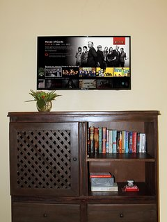 In room entertainment - books, games, and Smart TV with Netflix!