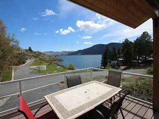 Lake access home w/ private community dock, near sandy beach and assigned buoy!