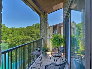 'River Rat Retreat' Prime New Braunfels Condo!