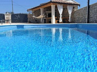 NEW RELAX AND LOVELY HOUSE LEONARDELLI up to 12 people