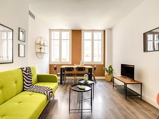Joyful 2bed apartment in the traditional Gracia