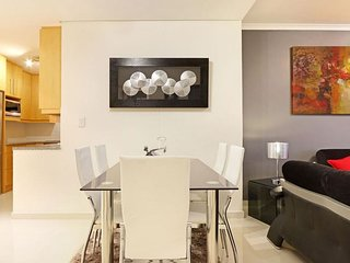 Apartment in Cape Town with Internet, Air conditioning, Lift, Parking (924369)