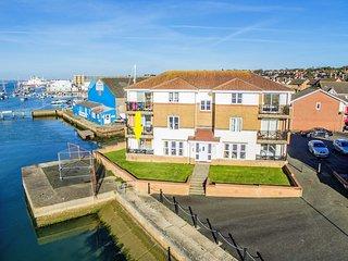 1 Cavalier Quay, East Cowes Marina