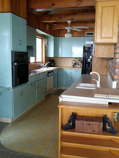 Kitchen Refrigerator,Freezer,2 ovens,cooktop,microwave,dishwasher,ICE MACHINE,coffee maker,toaster