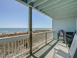 Sands III C2 - Fantastic ocean front condo with pool