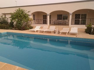 Villa KEUR OLGA climatisee, piscine privee, jardin clos, proche mer