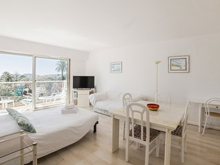 Comfortable flat in the heart of Marseille - W376
