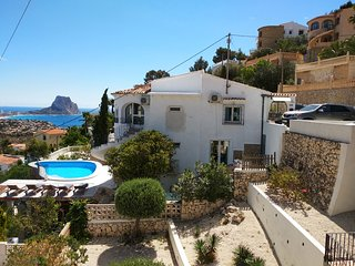 beachstyle apartment downstairs in villa,Calpe,pool,seaview,airco,wifi,sky