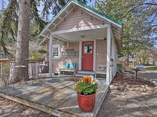 NEW! Historic Twisp Cottage - Mtn & River View!