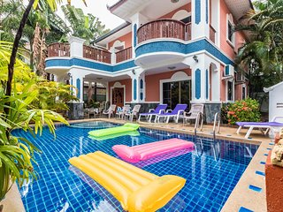 Private Villa 6 bedroom 5 minutes Walking Street and beaches