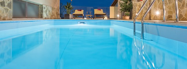 Swimming pool without chlorine. The cleaning is done in an ecological way of chlorination