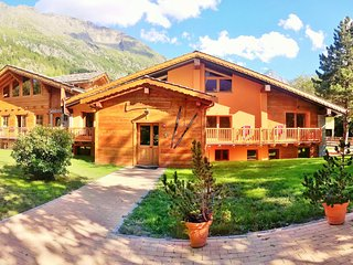 Chalet Alpina 5 minutes walk from the ski lifts