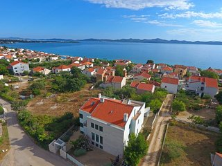 Villa with pool close to sea, Zadar area