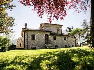 Ancient Medieval Villa near to Assisi