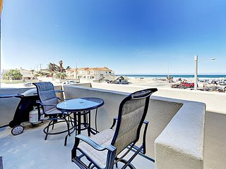 Walk to Oceano Dunes Natural Preserve - Renovated 2BR w/ Private Balconies