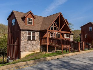 Timeless Memories Lodge-6 Bedroom Lodge Located at Stonebridge Resort