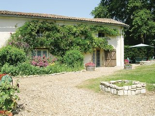 3 bedroom Villa in Saint-Coutant-le-Grand, Nouvelle-Aquitaine, France : ref 5565
