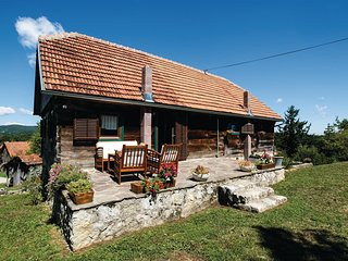 2 bedroom Villa in Tomašnica, Karlovačka Županija, Croatia : ref 5537671