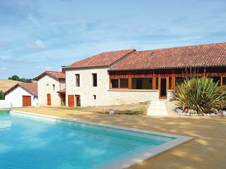 6 bedroom Villa in Montpezat, Nouvelle-Aquitaine, France : ref 5536525