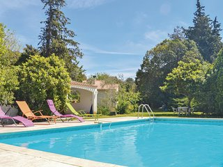 2 bedroom Villa in Miramas-le-Vieux, Provence-Alpes-Côte d'Azur, France : ref 55
