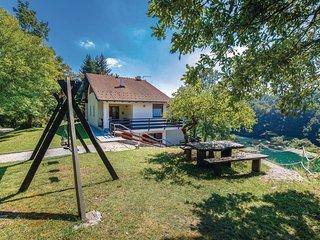 3 bedroom Villa in Gornji Zvecaj, Karlovacka Zupanija, Croatia : ref 5535324