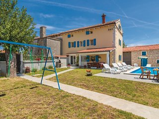 4 bedroom Villa in Bencici, Istria, Croatia : ref 5532423
