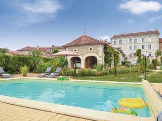 4 bedroom Villa in Saint-Vincent-de-Connezac, France - 5533550