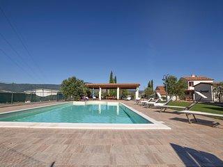 2 bedroom Villa in Località Casa del Corto, Tuscany, Italy : ref 5535657
