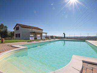 2 bedroom Villa in Localita Casa del Corto, Tuscany, Italy : ref 5535651