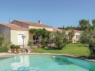 4 bedroom Villa in Boulbon, Provence-Alpes-Cote d'Azur, France : ref 5534001