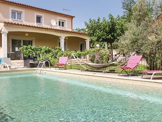 3 bedroom Villa in Avignon, Provence-Alpes-Côte d'Azur, France : ref 5535383