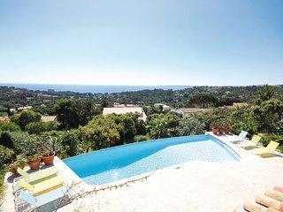 4 bedroom Villa in La Garonnette-Plage, Provence-Alpes-Cote d'Azur, France : ref