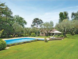 7 bedroom Villa in Quarto del Lago, Latium, Italy : ref 5537401