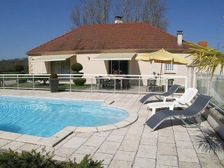 3 bedroom Villa in Daudevie, Nouvelle-Aquitaine, France : ref 5532780