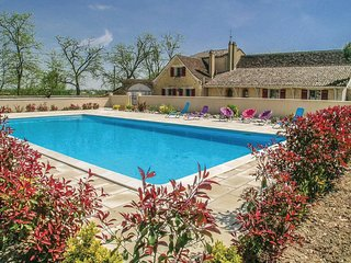 4 bedroom Villa in Saint-Pierre-d'Eyraud, Nouvelle-Aquitaine, France : ref 55363