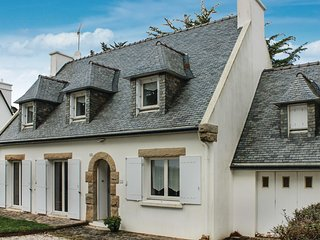 4 bedroom Villa in Cap Coz, Brittany, France : ref 5537175